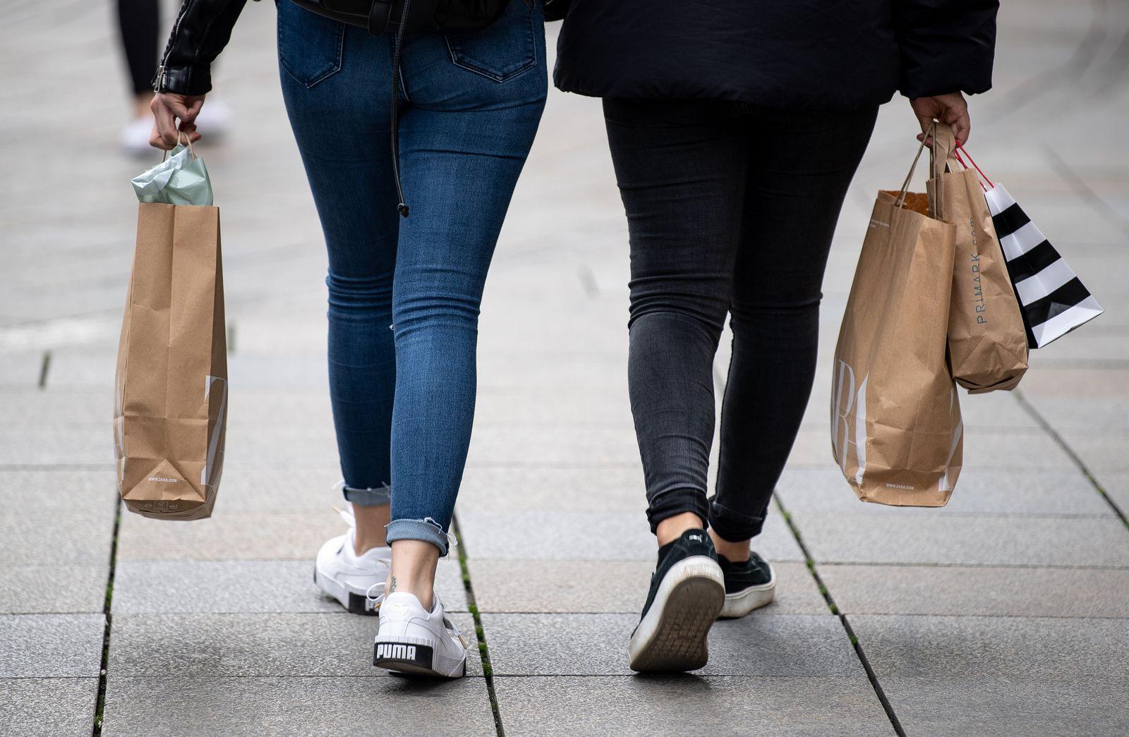 Einzelhandel Shopping Einkaufstaschen