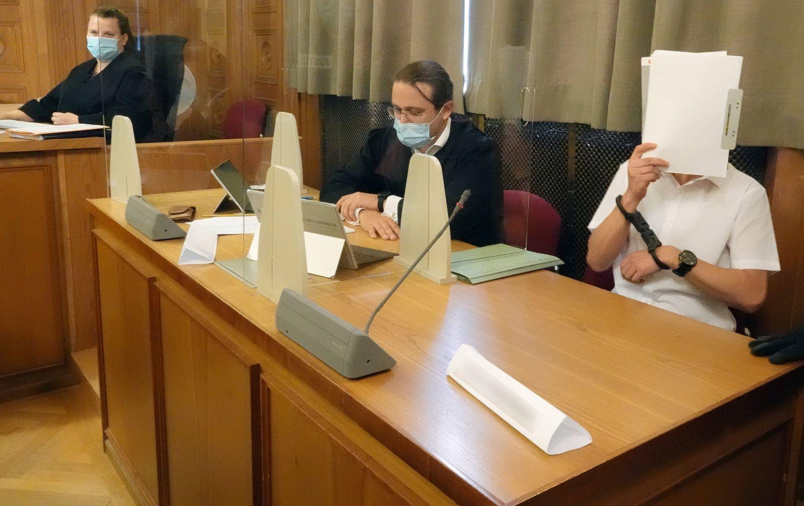 Tübinger Prozess um illegales Waffenlager