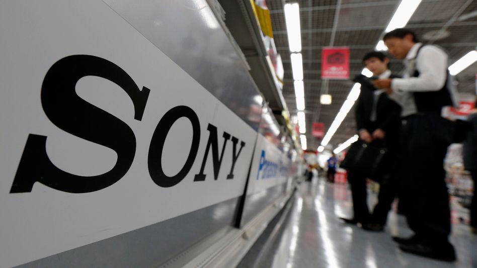 Sony-Logo in einem Technikmarkt in Tokio: Niedergang eines einstigen Star-Konzerns