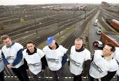 Streikende Lokführer (am 8. November): 50 Millionen Euro kostet der Streik dem DIW zufolge pro Tag