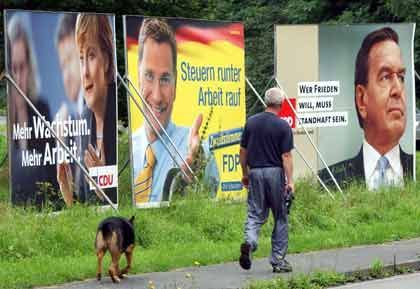 Wahlplakate: Günstiger drucken im Ausland