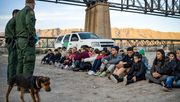 Weißes Haus an Migranten: »Jetzt ist nicht die Zeit zu kommen«