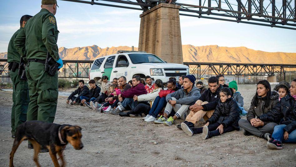 Flüchtlinge an der US-mexikanischen Grenze