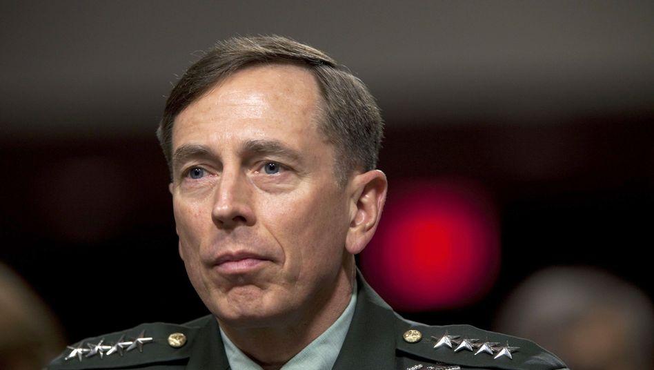 US-General Petraeus: Volles Vertrauen vom Senat