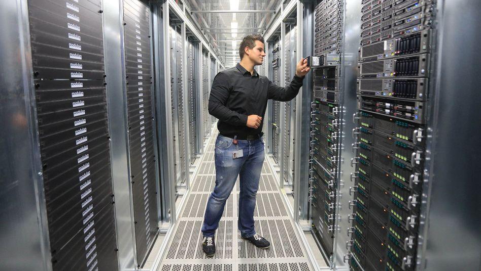 """Serverraum der Telekom-Tochter T-Systems in Sachsen-Anhalt: """"Der Zugriff ausländischer Geheimdienste ist völlig inakzeptabel"""""""
