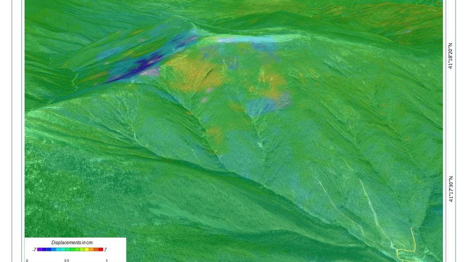 Geländeabsenkung durch nordkoreanischen Kernwaffentest (blaue Bereiche)