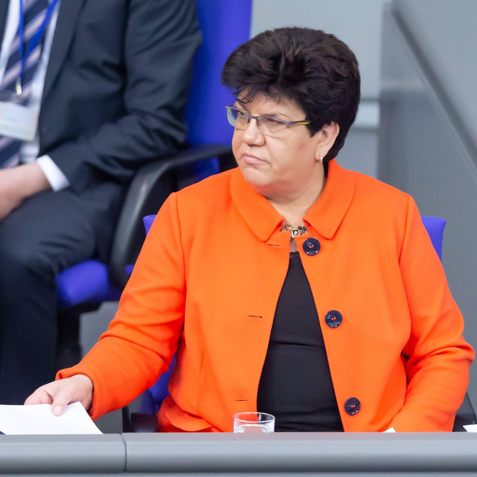 Claudia Moll, SPD, als Schriftführerin des 19. Deutschen Bundestages, 14.02.2020, Berlin (Deutschland), News, Politik, D