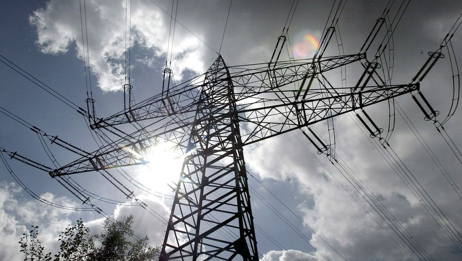 Strommast in Dorsten: Rückstand des Ausbaus ist enorm