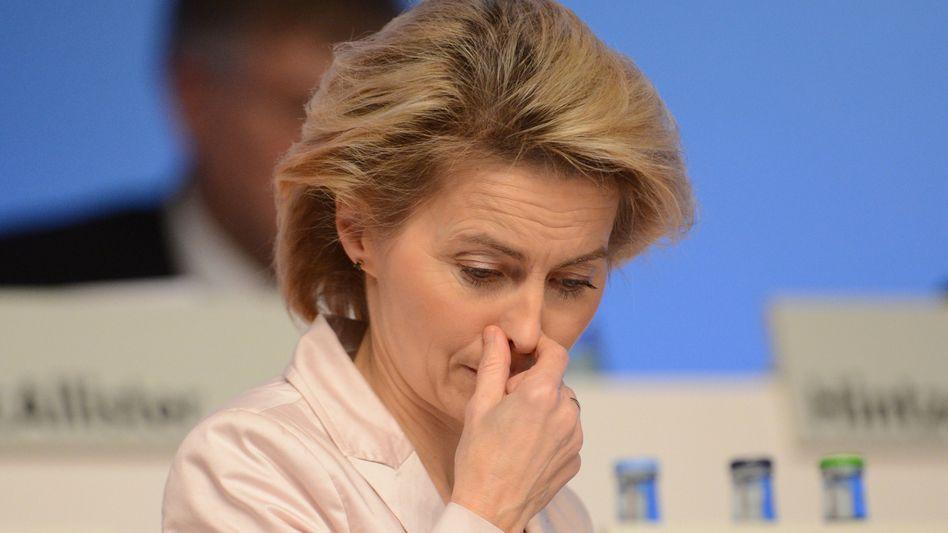 """Arbeitsministerin von der Leyen: """"Immer wenn es ernst wird, wird sie gedeckelt"""""""