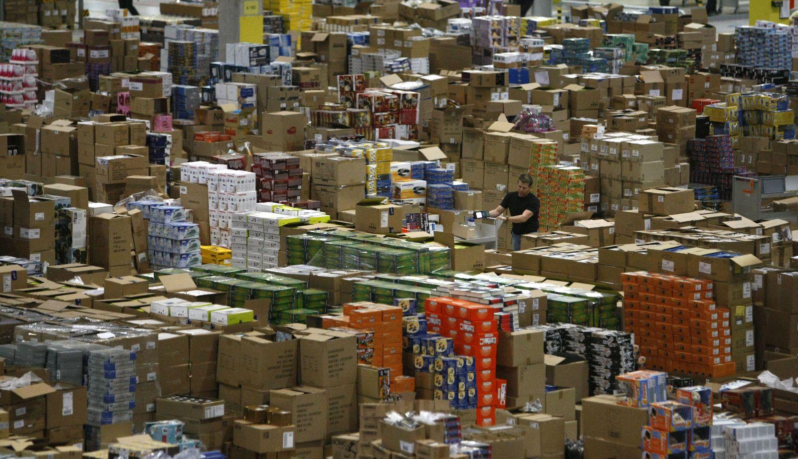 Amazon / Logistik / Logistikzentrum / Versandhandel