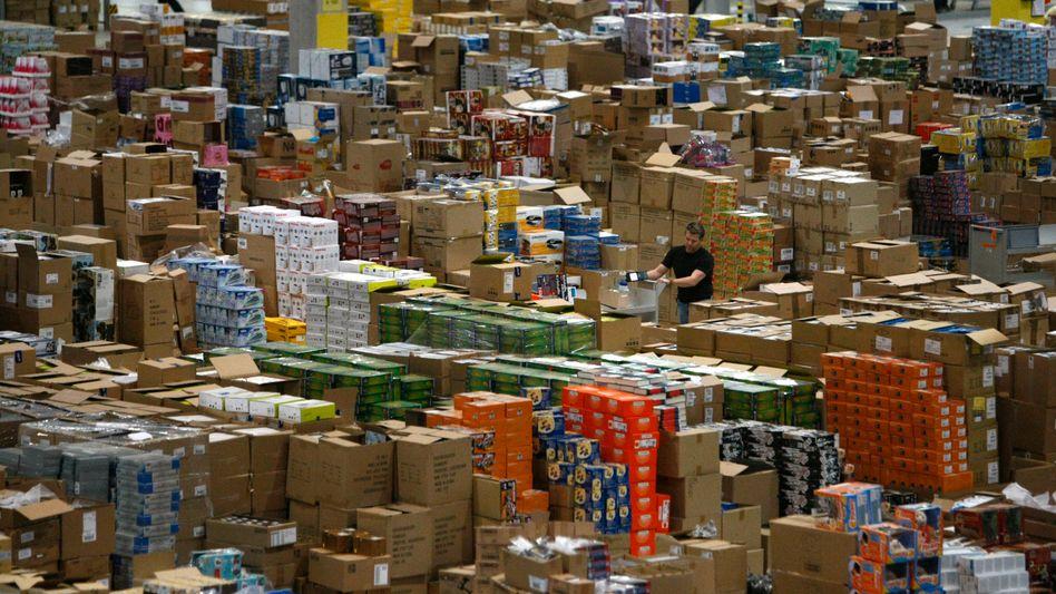 Versandhandel (Amazon-Warenlager): Kostenlose Retouren nur noch bei den Großen?