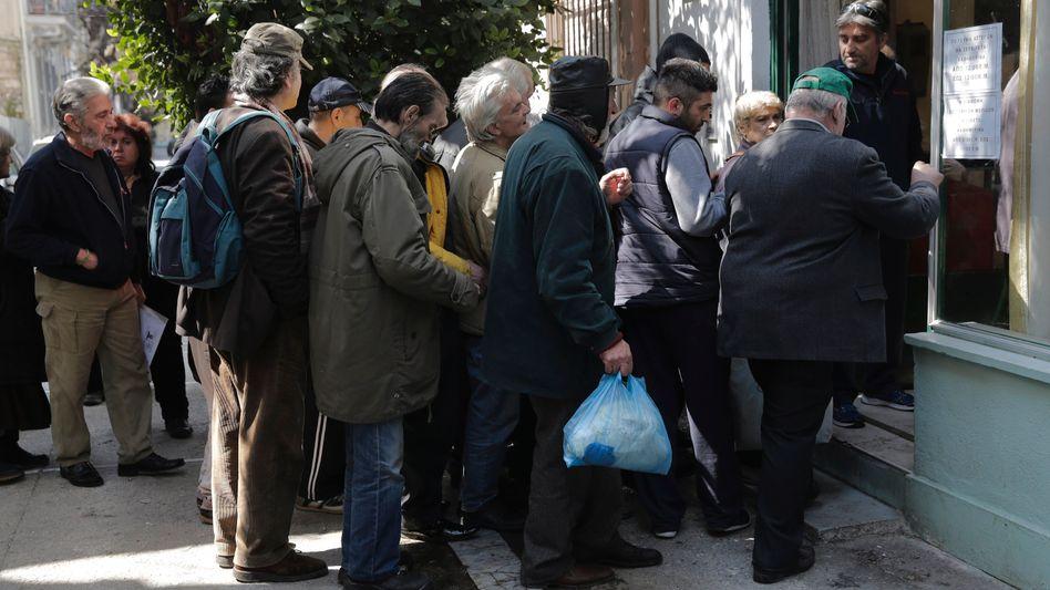 """Suppenküche in Athen: """"Völlig unausgewogene Austeritätspolitik"""""""