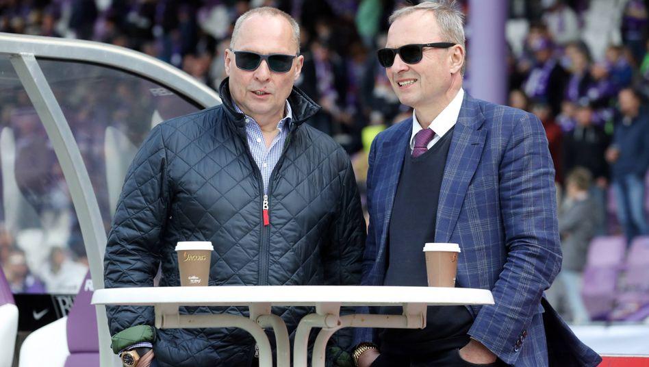 Präsident Helge Leonhardt (l.) und Aufsichtsratsmitglied Uwe Leonhardt (r.)