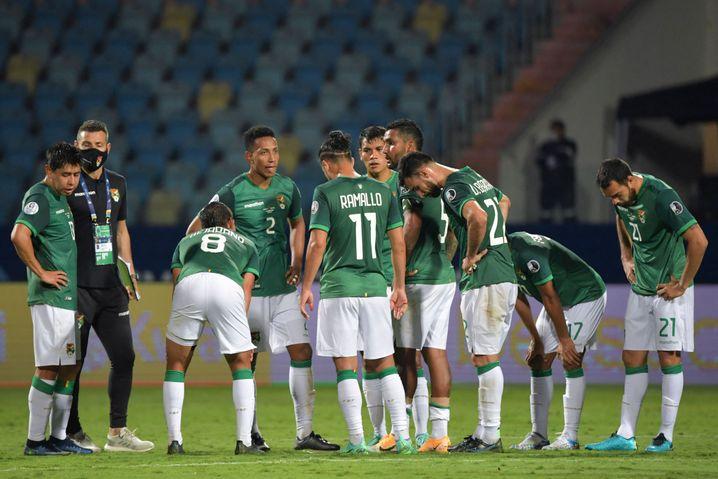Bolivien hat sein Auftaktsspiel gegen Paraguay 1:3 verloren
