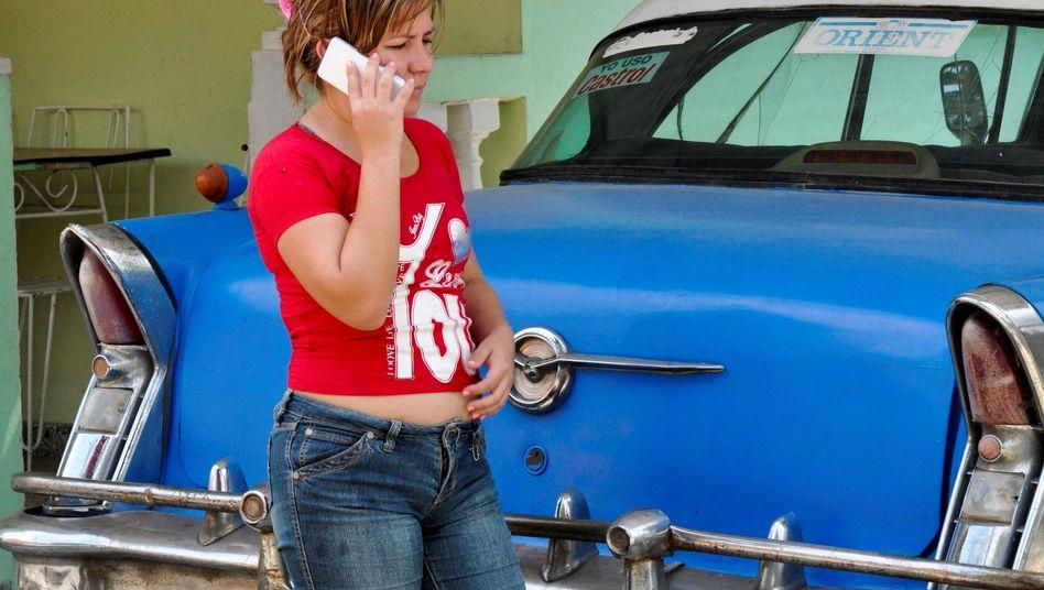 Hola: Kubaner können wieder direkt mit den USA telefonieren