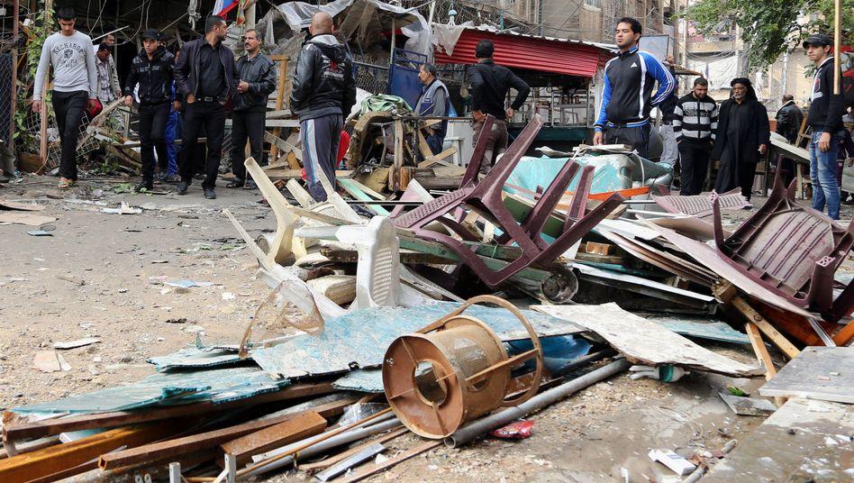 Zerstörung nach dem Anschlag: Autobombe fordert mindestens 25 Opfer
