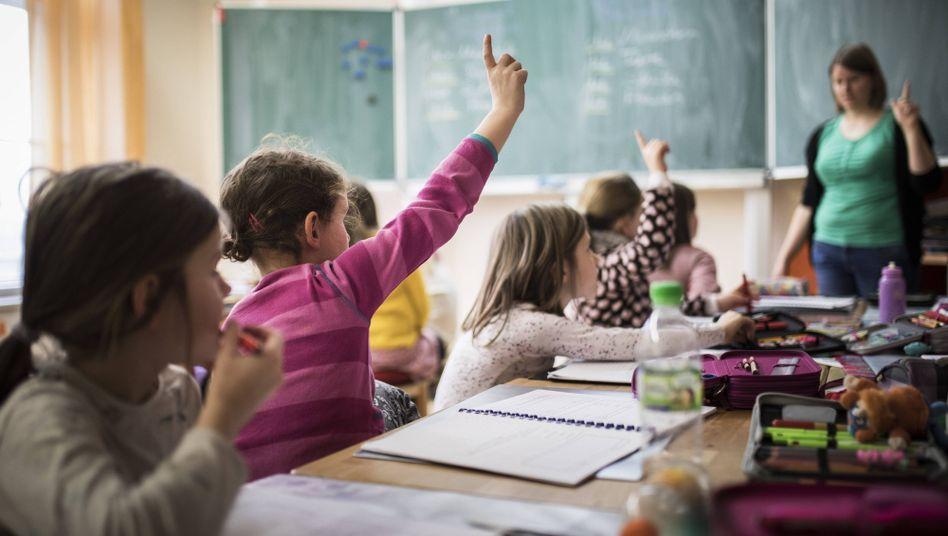 Schüler im Unterricht (Symbolbild)