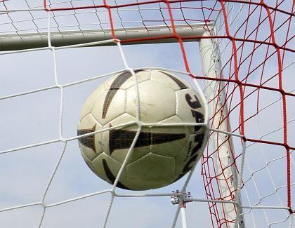Bundesliga-Fußball: Alle Vereine bekommen Lizenz