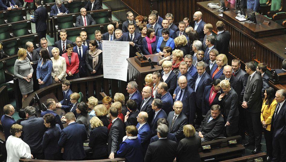 Oppositionspolitiker im polnischen Parlament