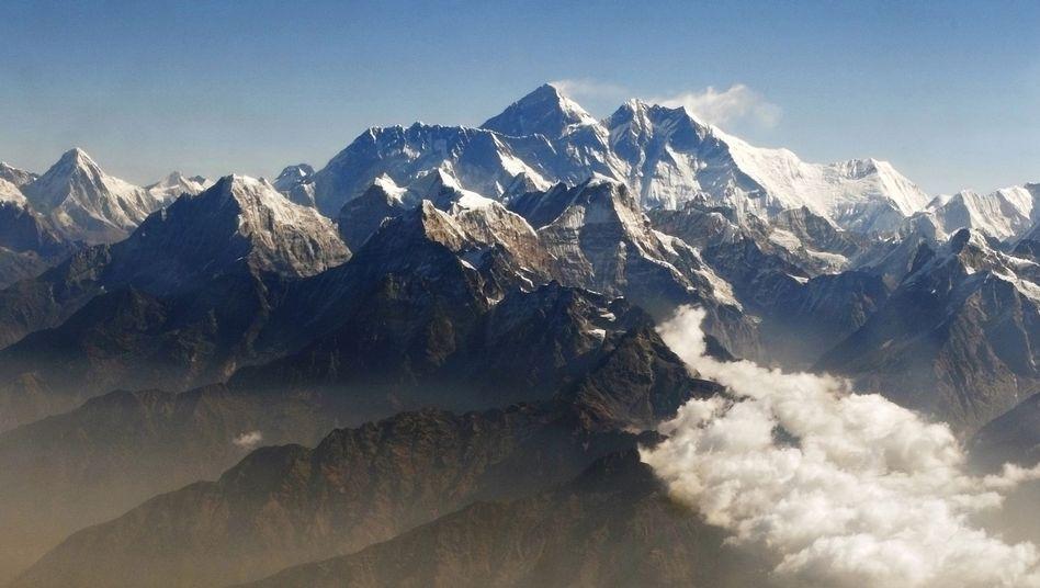 Mount Everest: Höchster Gipfel der Welt noch höher?