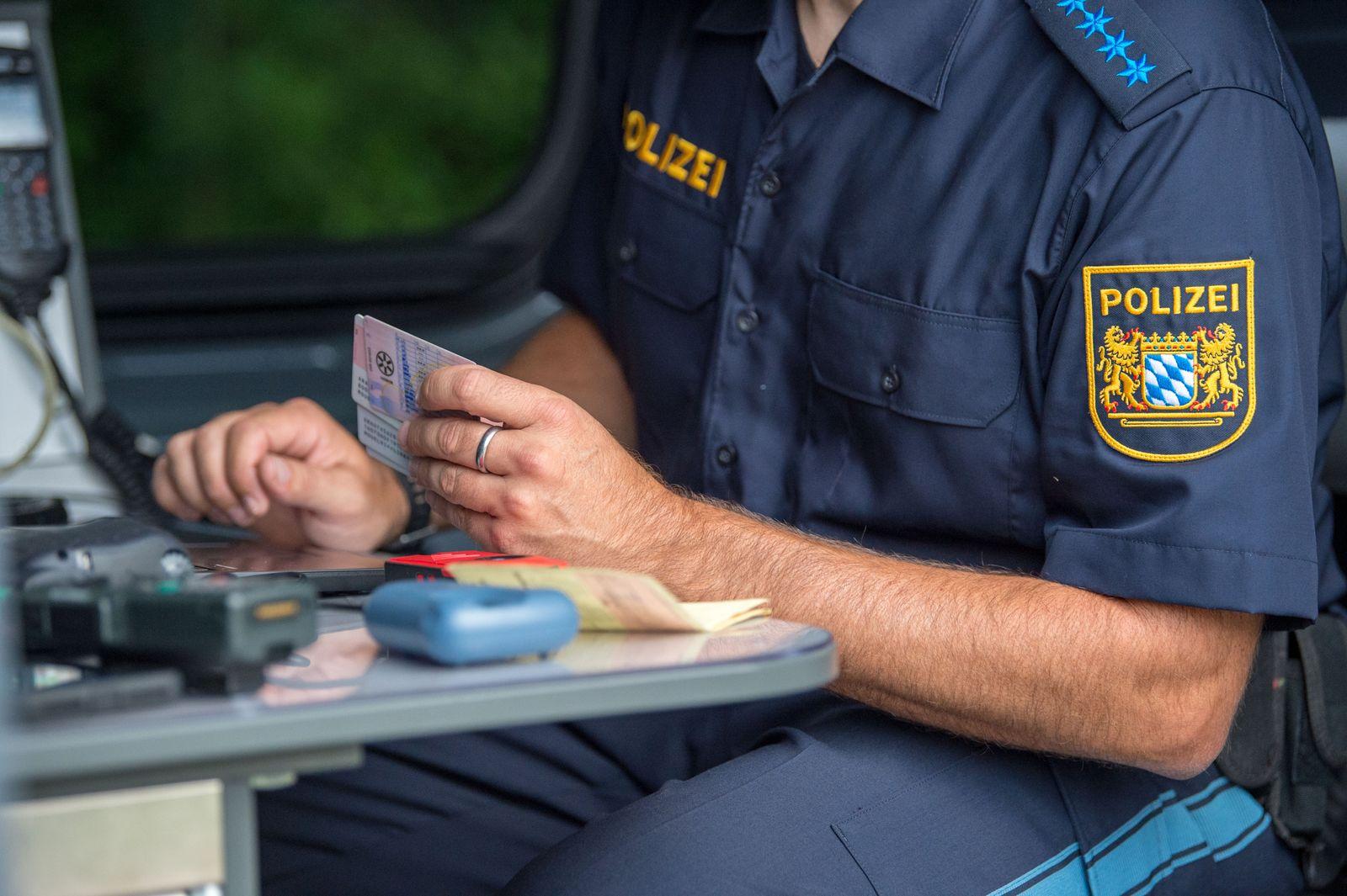 Bayerische Grenzpolize