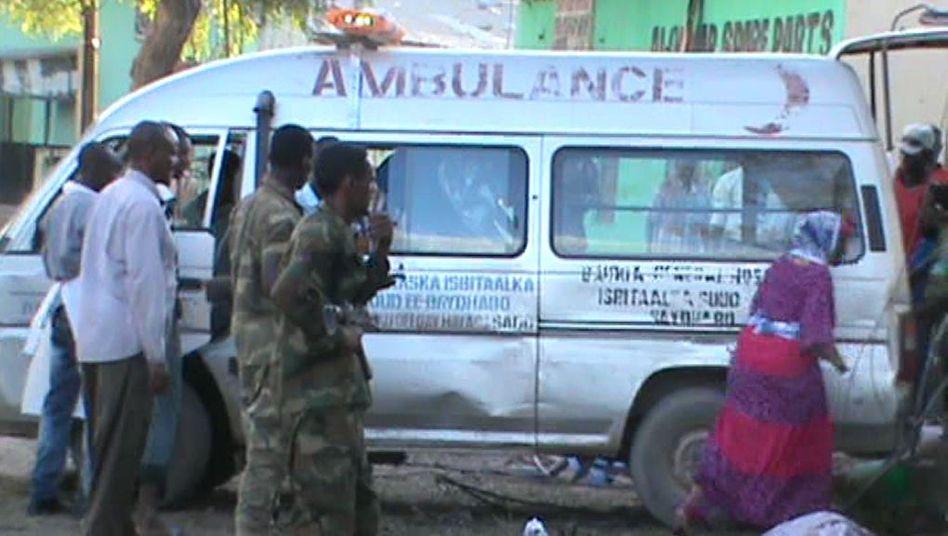 Rettungskräfte in Baidoa: Anschlagsserie fordert viele Opfer