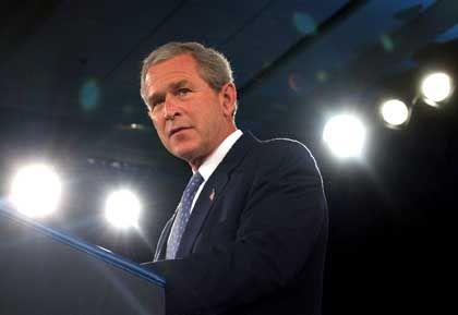 George W. Bush: Auf Stimmenfang bei den Exil-Kubanern