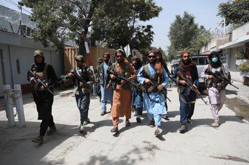 Talibankämpfer in Kabul