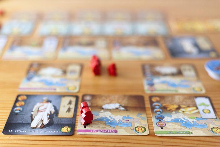 """""""Augustus"""": Wenn ein Spieler sieben dieser Karten kontrolliert, hat er gewonnen"""