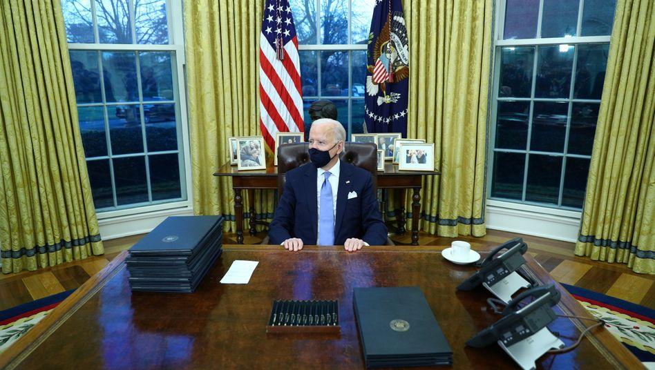Schluss mit dem Chaos: Joe Biden im Oval Office