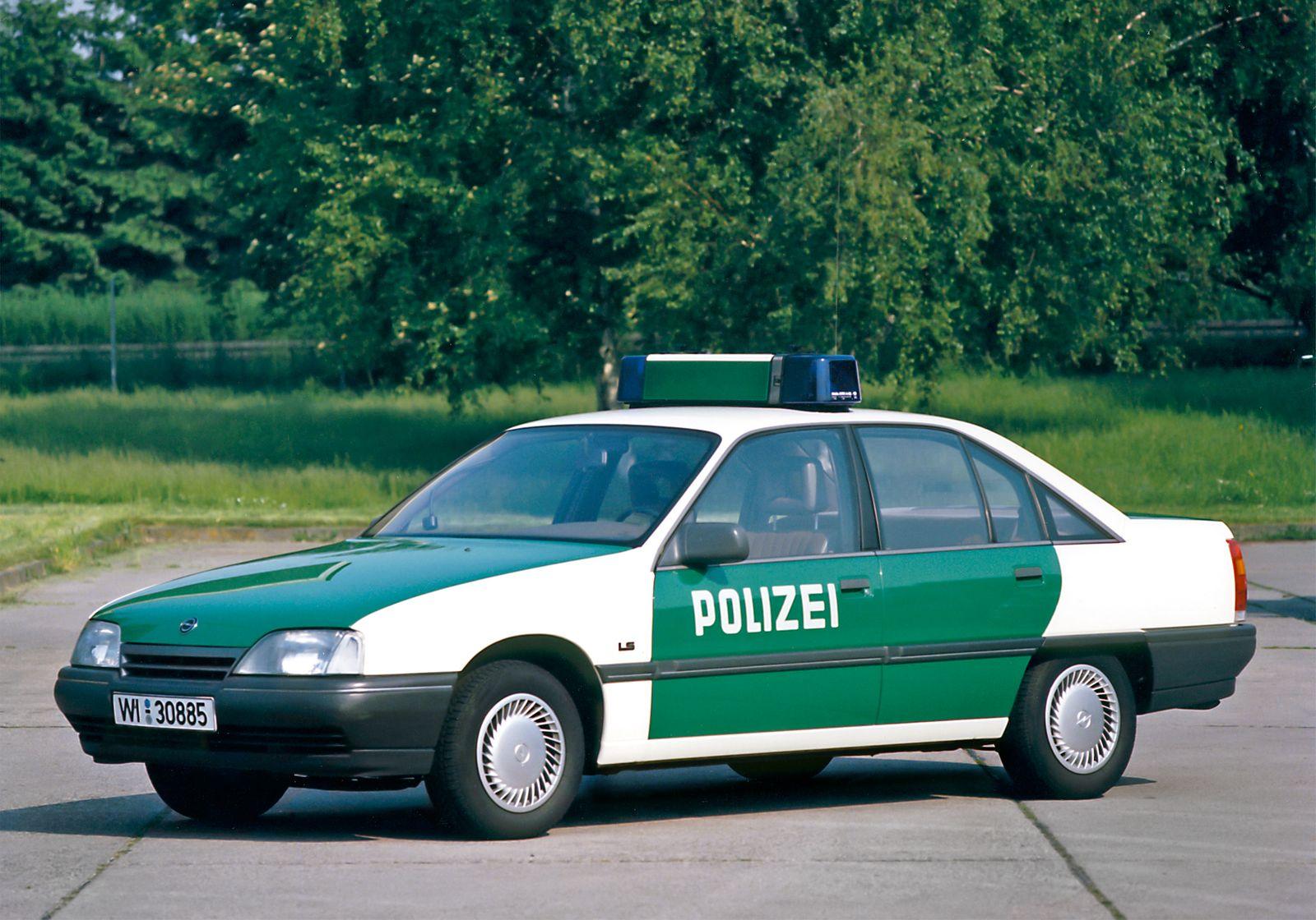 Opel Omega LS