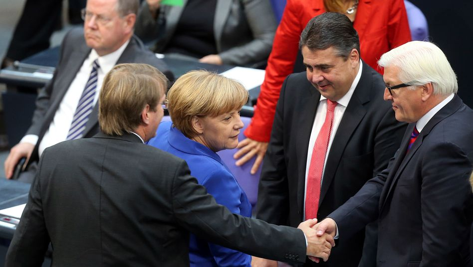 The new German government aims to be sworn in by Christmas.