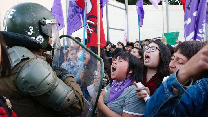 """Gewalt an Frauen: """"Unsere Gesellschaft ist an Sexismus erkrankt"""""""