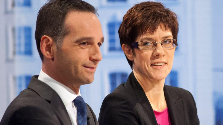 Koalitionäre Maas und Kramp-Karrenbauer: Vereidigung am 9. Mai