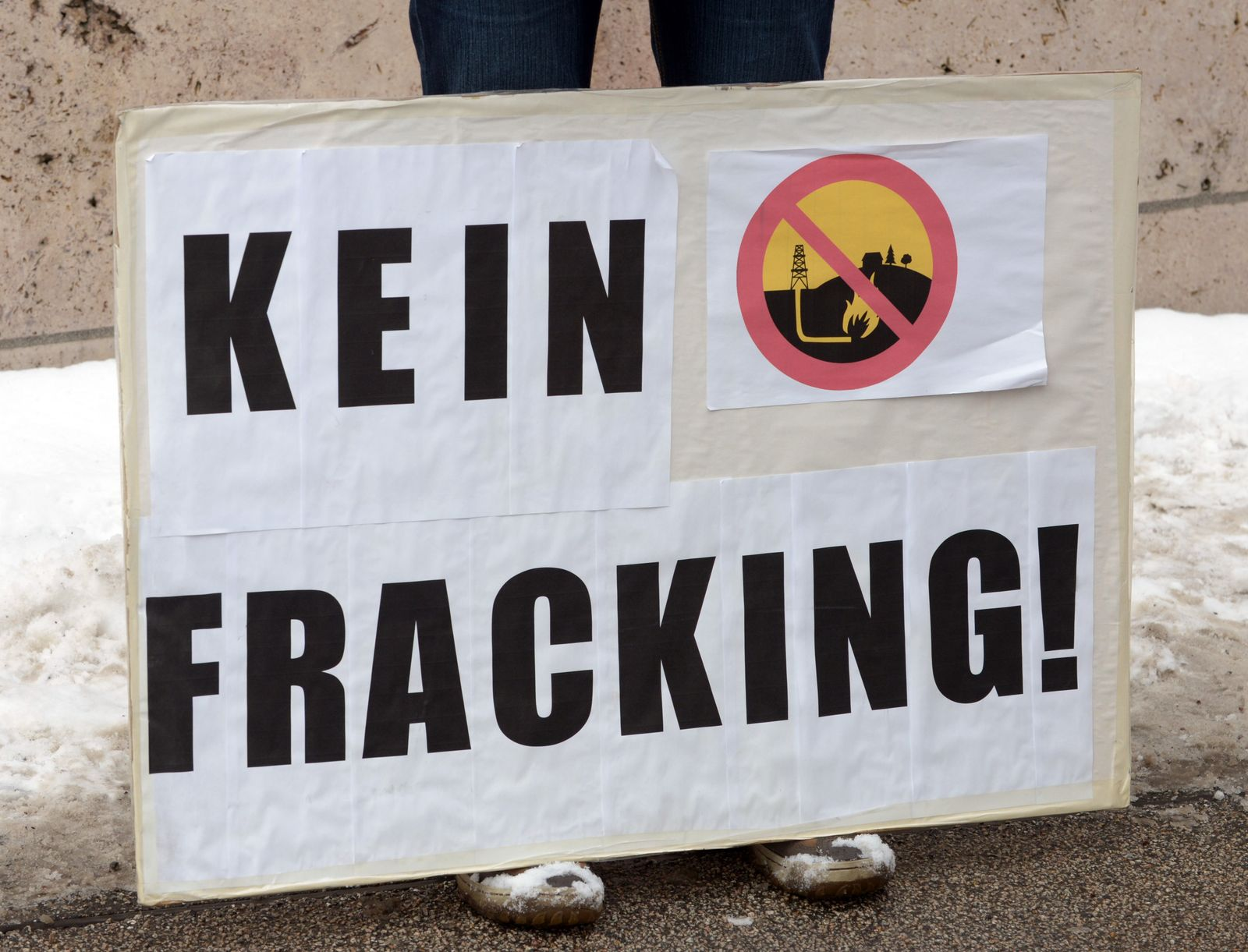 Protest gegen umstrittene Erdgasförderungsmethode