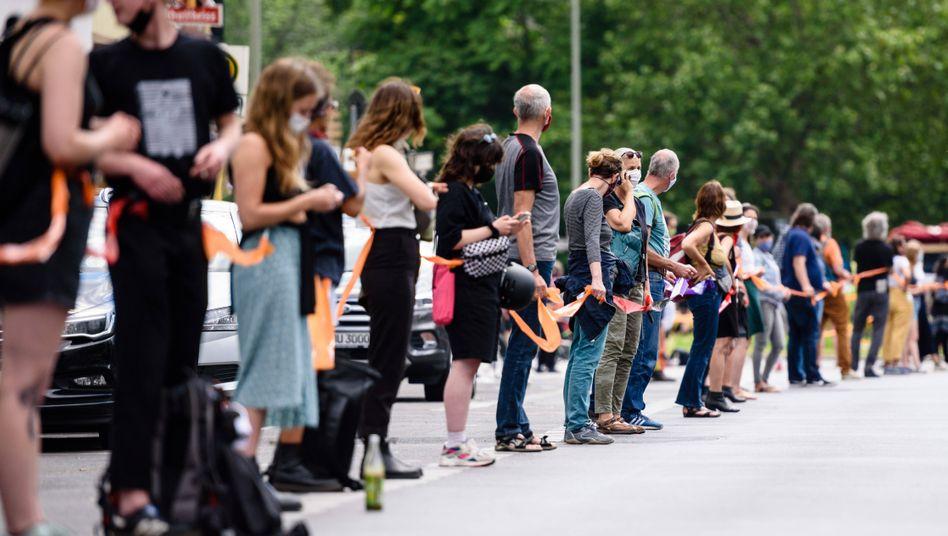 """Demonstration """"Unteilbar"""" im Juni 2020 in Berlin"""
