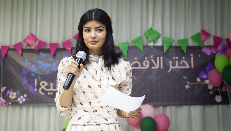 Kandidatur für den Stadtrat: Die junge Ärztin Maryam (Mila Al Zahrani) bricht mit den Tabus ihres Landes.