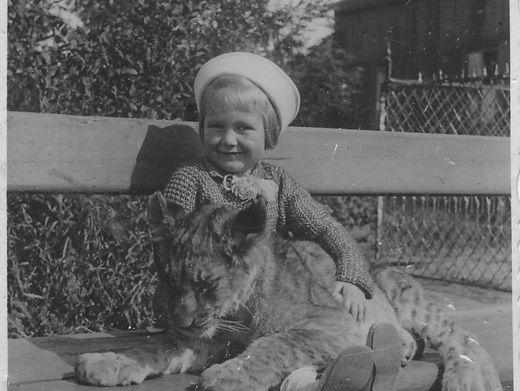 Hanna Ciwczyńska 1939 im Warschauer Zoo