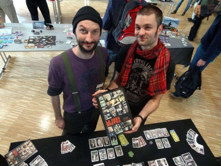 """Die Jungs von """"Hard Boiled Games"""": Spieleentwickler Johannes Sich mit Grafikdesigner Daniel Goll"""