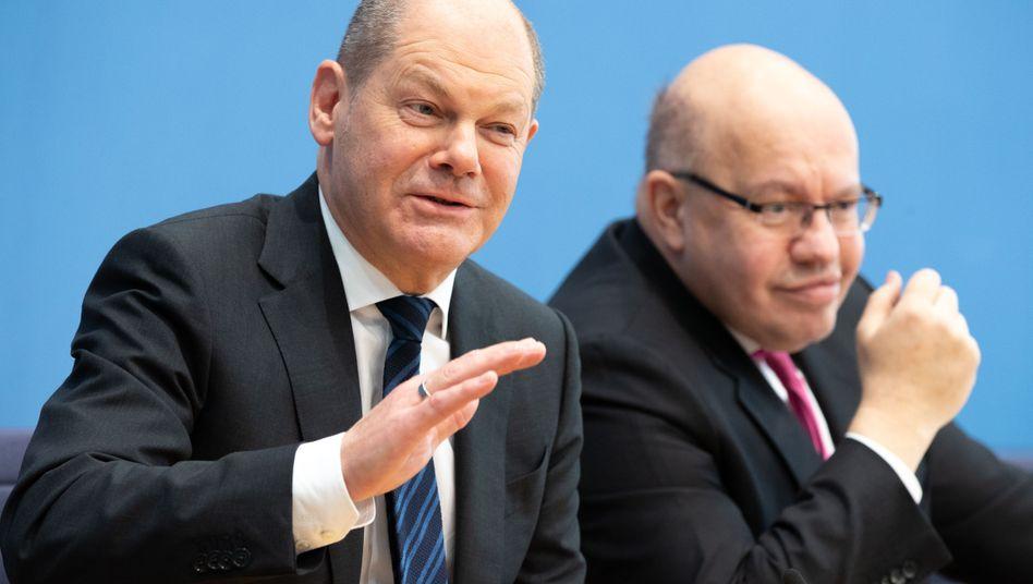 Finanzminister Scholz, Wirtschaftsminister Altmaier: Keine Eile bei der Umsetzung von EU-Recht