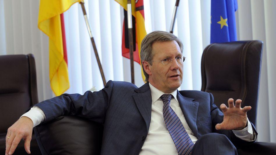 Bundespräsident unter Druck: Wulff will sich in Fernsehinterview erklären