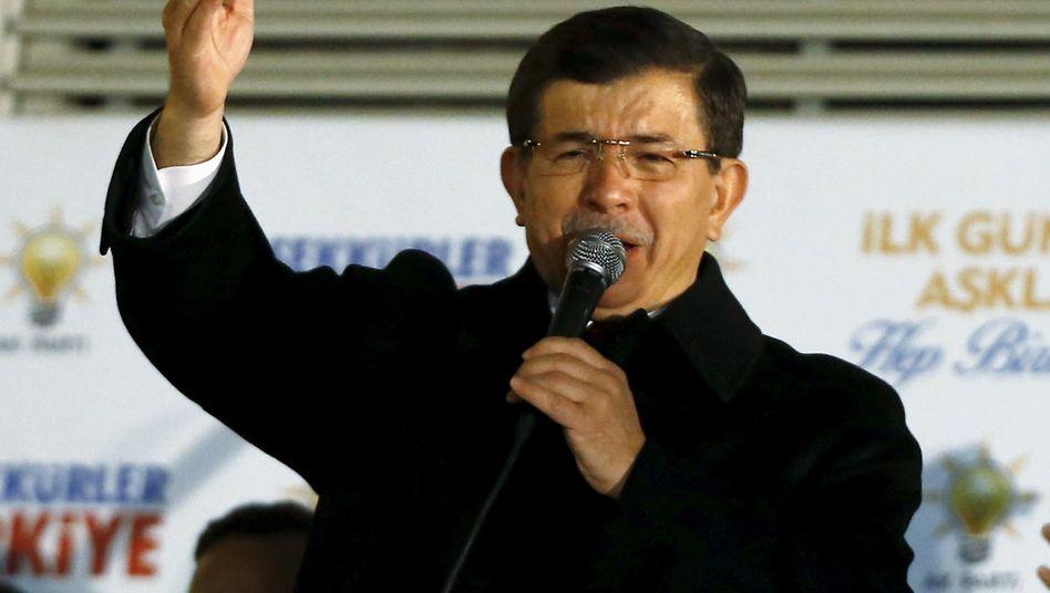 Ahmet Davutoglu: Der Premier will die Verfassung ändern