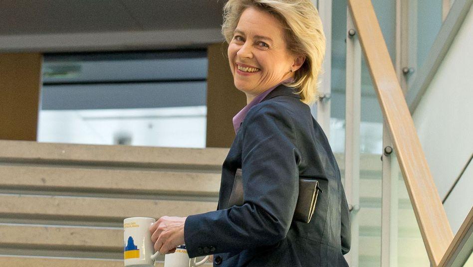 Ursula von der Leyen: Die Arbeitsministerin plädiert für eine feste Quote