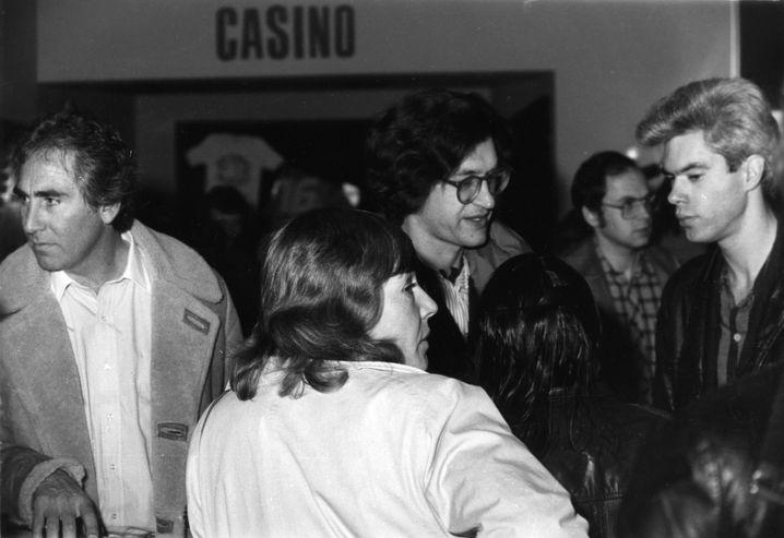 Wim Wenders (Mitte) mit Jim Jarmusch (rechts) 1982 in Hof