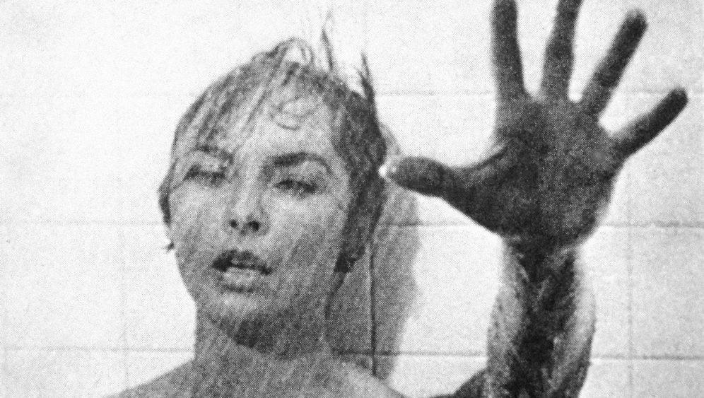 Bodydouble Marli Renfro: Die Frau aus der Dusche
