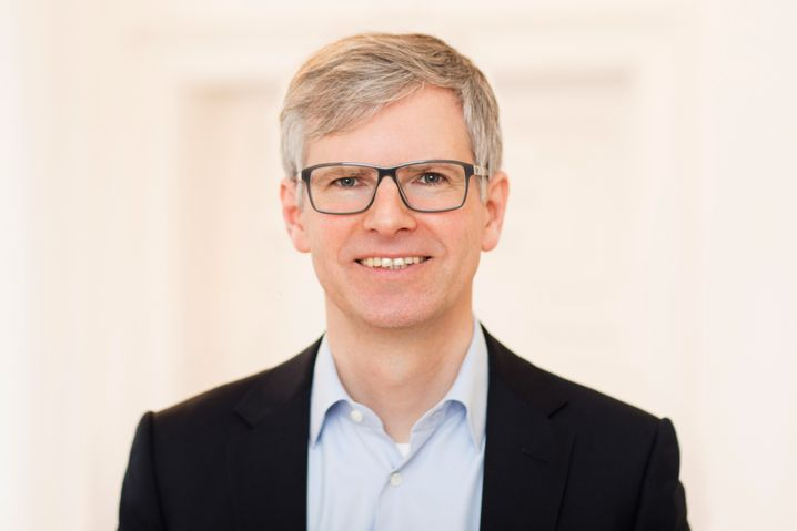 Tobias Zink, 46, Scheidungsanwalt aus Stuttgart