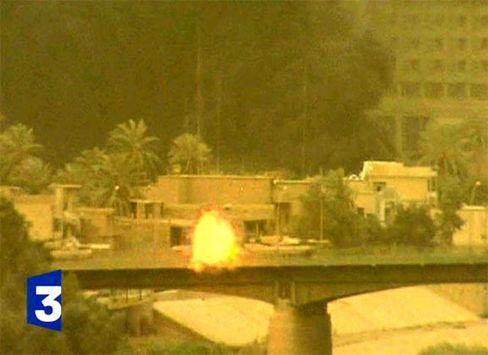 Panzerschüsse auf Bagdads Journalistenhotel Palestine am 8. April 2003