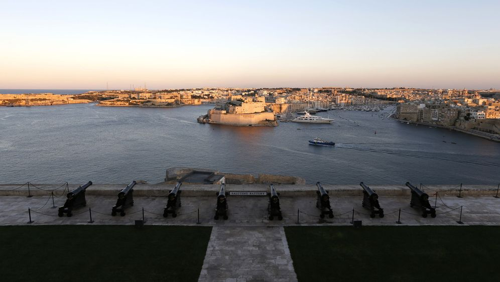 Photo Gallery: Following the Money to Malta