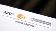 Kippt die Beitragserhöhung für ARD und ZDF?
