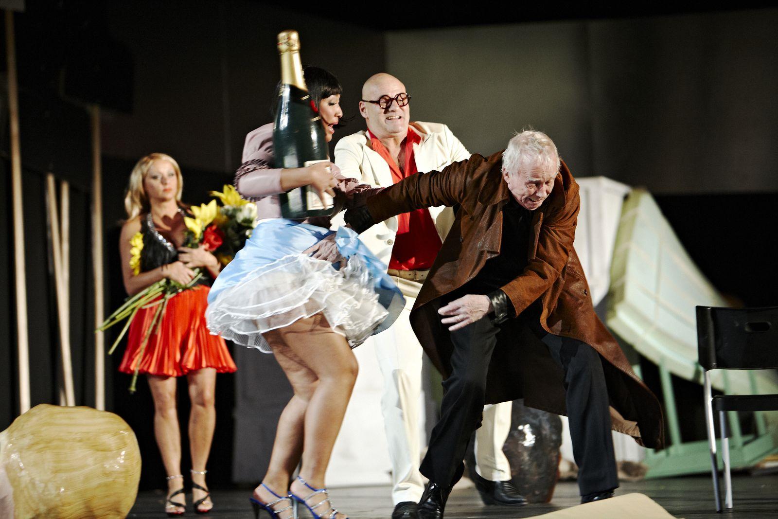 EINMALIGE VERWENDUNG Theater / Kasimir und Karoline